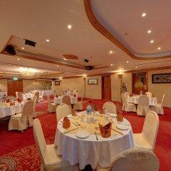 Отель Royal Ascot Hotel ОАЭ, Дубай - отзывы, цены и фото номеров - забронировать отель Royal Ascot Hotel онлайн помещение для мероприятий