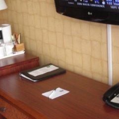 Отель Quality Hotel Downtown-Inn at False Creek Канада, Ванкувер - отзывы, цены и фото номеров - забронировать отель Quality Hotel Downtown-Inn at False Creek онлайн удобства в номере