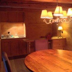 Отель Gstaad - Great Luxurious Farmhouse в номере