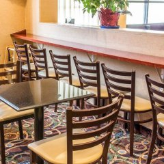 Отель Comfort Inn At LaGuardia Airport США, Нью-Йорк - отзывы, цены и фото номеров - забронировать отель Comfort Inn At LaGuardia Airport онлайн питание фото 3