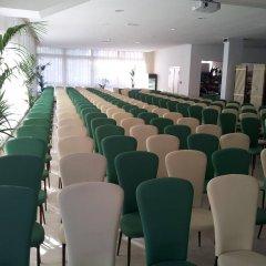 Отель La Perla Римини помещение для мероприятий