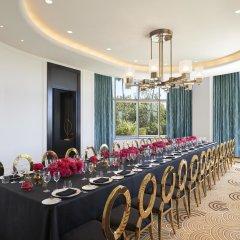 Отель Waldorf Astoria Beverly Hills Беверли Хиллс помещение для мероприятий