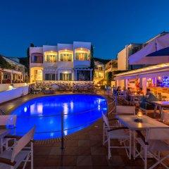 Отель Oasis Beach Hotel Греция, Агистри - отзывы, цены и фото номеров - забронировать отель Oasis Beach Hotel онлайн бассейн фото 5