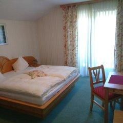 Отель Frühstückspension Helmhof Австрия, Зальцбург - отзывы, цены и фото номеров - забронировать отель Frühstückspension Helmhof онлайн комната для гостей