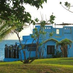 Отель Jakes Hotel Ямайка, Треже-Бич - отзывы, цены и фото номеров - забронировать отель Jakes Hotel онлайн приотельная территория