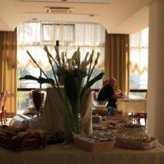 Отель Alcazar Римини спа