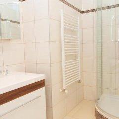 Отель checkVIENNA - Enenkelstrasse Австрия, Вена - отзывы, цены и фото номеров - забронировать отель checkVIENNA - Enenkelstrasse онлайн ванная фото 2