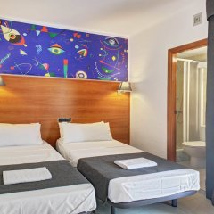Отель Maremagnum By Loft Испания, Льорет-де-Мар - 1 отзыв об отеле, цены и фото номеров - забронировать отель Maremagnum By Loft онлайн комната для гостей фото 2