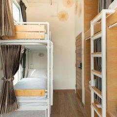 Отель Rotfai Hostel Таиланд, Бангкок - отзывы, цены и фото номеров - забронировать отель Rotfai Hostel онлайн комната для гостей фото 3