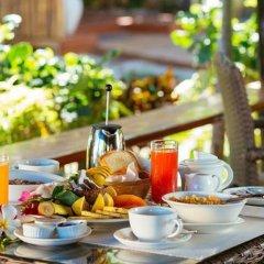 Отель Nanuya Island Resort питание
