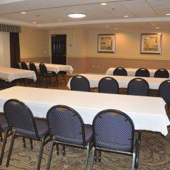 Отель Holiday Inn Express & Suites Sarasota East фото 2