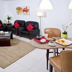 Corp Executive Hotel Doha Suites комната для гостей фото 5