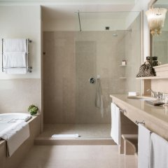 Отель Hassler Roma Италия, Рим - отзывы, цены и фото номеров - забронировать отель Hassler Roma онлайн ванная