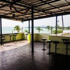 Отель BarFly Pattaya гостиничный бар