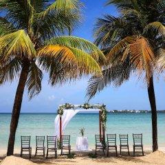 Отель Royalton Negril Resort & Spa - All Inclusive пляж