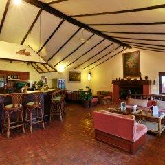 Отель Summit Hotel Непал, Лалитпур - отзывы, цены и фото номеров - забронировать отель Summit Hotel онлайн гостиничный бар