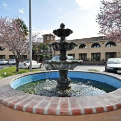 Отель BEST WESTERN PLUS Brookside Inn фото 3