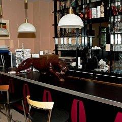 Отель Pension ABC гостиничный бар