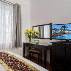 Отель Brandi Nha Trang Hotel Вьетнам, Нячанг - 1 отзыв об отеле, цены и фото номеров - забронировать отель Brandi Nha Trang Hotel онлайн удобства в номере фото 2