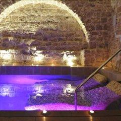 Отель Corte Altavilla Relais & Charme Конверсано бассейн