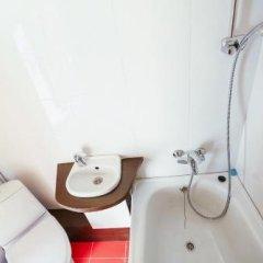 Гостиница Wood House в Звенигороде отзывы, цены и фото номеров - забронировать гостиницу Wood House онлайн Звенигород ванная фото 2