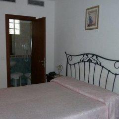Отель Locanda Salieri Италия, Венеция - 1 отзыв об отеле, цены и фото номеров - забронировать отель Locanda Salieri онлайн комната для гостей