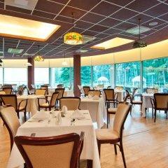Отель Royal Spa Residence Литва, Гарлиава - отзывы, цены и фото номеров - забронировать отель Royal Spa Residence онлайн питание