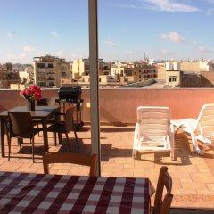 Отель Blue Waters Penthouse Sliema Мальта, Слима - отзывы, цены и фото номеров - забронировать отель Blue Waters Penthouse Sliema онлайн балкон