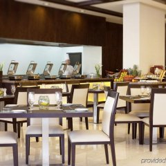 Movenpick Hotel Apartments Al Mamzar Dubai питание