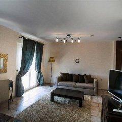Отель Achtis комната для гостей