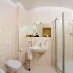 Отель Garden Residence Италия, Лана - отзывы, цены и фото номеров - забронировать отель Garden Residence онлайн ванная фото 2