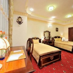 New Pacific Hotel сейф в номере