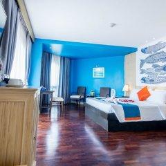 Отель Sea Breeze Jomtien Resort гостиничный бар фото 2