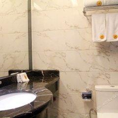 Отель Jinxing Holiday Hotel - Zhongshan Китай, Чжуншань - отзывы, цены и фото номеров - забронировать отель Jinxing Holiday Hotel - Zhongshan онлайн ванная фото 2