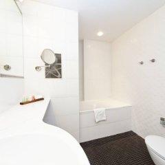AC Hotel by Marriott Riga ванная фото 2