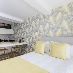 Отель Alberginn Suites Rivoli Les Halles Париж комната для гостей фото 4