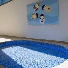 JDW Design Hotel бассейн