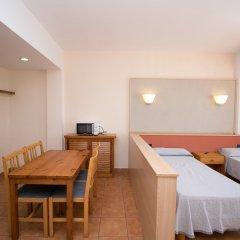 Апартаменты The White Apartments by Ibiza Feeling - Adults Only комната для гостей фото 3