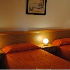 Отель Inter Apartments Испания, Салоу - отзывы, цены и фото номеров - забронировать отель Inter Apartments онлайн комната для гостей фото 4