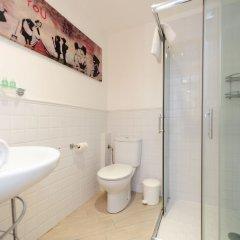 Апартаменты Studio Orange Five Stars Holiday House ванная