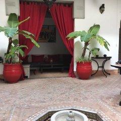 Отель Riad Dar Nabila Марокко, Марракеш - отзывы, цены и фото номеров - забронировать отель Riad Dar Nabila онлайн интерьер отеля фото 2