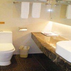 Отель Yuejia Business Hotel Китай, Шэньчжэнь - отзывы, цены и фото номеров - забронировать отель Yuejia Business Hotel онлайн ванная