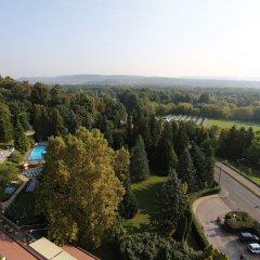 Отель Ensana Thermal Aqua Венгрия, Хевиз - 9 отзывов об отеле, цены и фото номеров - забронировать отель Ensana Thermal Aqua онлайн балкон