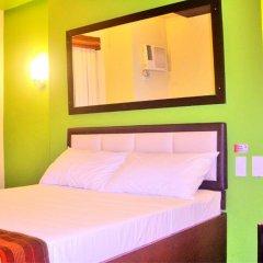 Отель Express Inn - Mactan Hotel Филиппины, Лапу-Лапу - отзывы, цены и фото номеров - забронировать отель Express Inn - Mactan Hotel онлайн сейф в номере