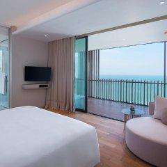 Отель Hilton Pattaya Таиланд, Паттайя - 9 отзывов об отеле, цены и фото номеров - забронировать отель Hilton Pattaya онлайн комната для гостей фото 5