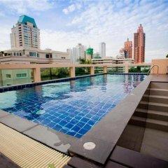 Отель Privacy Suites Бангкок бассейн фото 3
