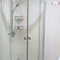 Отель Chaplin Inn Паттайя ванная фото 2