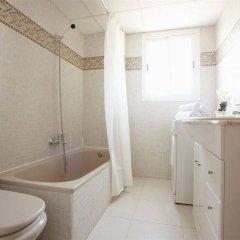 Отель Apartamentos Priorat ванная