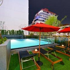 Отель M Pattaya Hotel Таиланд, Паттайя - отзывы, цены и фото номеров - забронировать отель M Pattaya Hotel онлайн бассейн