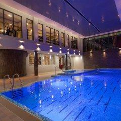 Ramada Donetsk Hotel бассейн